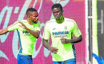 El fichaje de N�Diaye por el Villarreal ha dejado unas carencias en el centro del campo verdiblanco que el club quiere paliar.