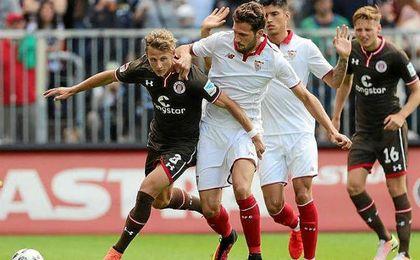 El Sevilla cierra la gira por Alemania con victoria ante el St. Pauli.