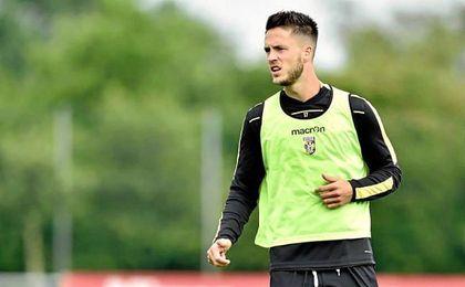 """""""Lleg� un punto en que s�lo ten�a a Rafael van der Vaart como apoyo""""."""