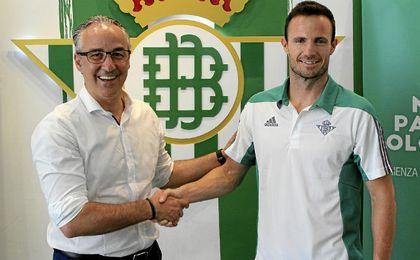 Manu Herrera posa junto a Miguel Torrecilla.