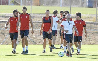 Sampaoli, en un entrenamiento en la ciudad deportiva sevillista.