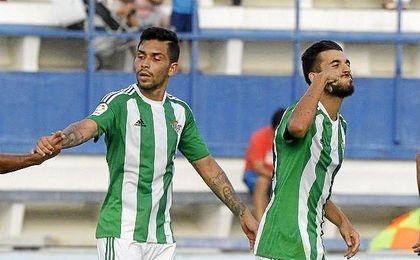 Petros anotó el gol de la victoria verdiblanca.