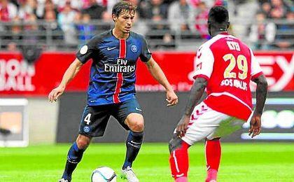 El marsellés tiene contrato con el club parisino hasta el año 2020 a razón de 2,8 millones por temporada.