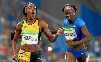 Thompson se impuso en la final de 200 metros.