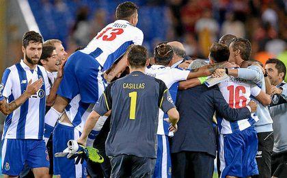 El Oporto de Casillas y Nuno ganó 0-3 en Roma.