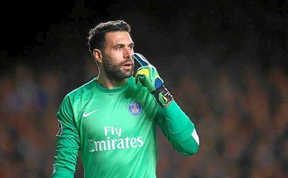 Jugar en la LaLiga española y la posibilidad de jugar la Champions han convencido a Salvatore Sirigu.