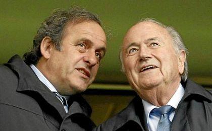 Michel Platini y Joseph Blatter.