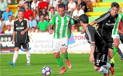 El delantero verdiblanco quiere continuar en el Betis más allá del 30 de junio.