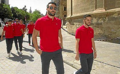 Iborra, en la reciente visita de la plantilla a la Catedral de Sevilla.