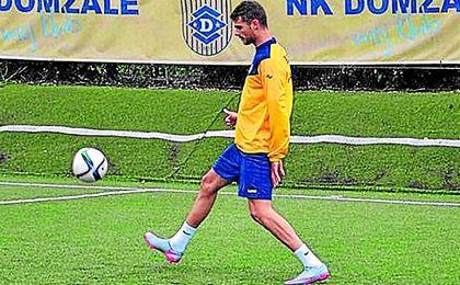 Mance juega en el Domzale, en la primera división eslovena, y el curso pasado anotó 11 goles.