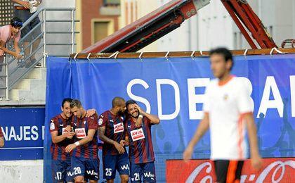 Contra el Valencia ya se vieron las máquinas trabajando en Ipurua.