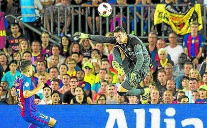 Rico lidera junto a Mariano la tabla de minutos jugados con un pleno en los cinco partidos oficiales que se han disputado hasta el momento.