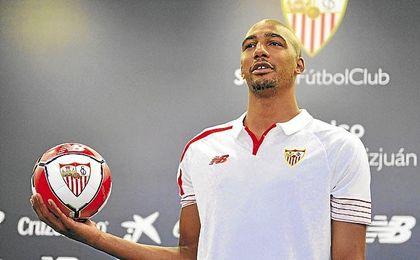 N´Zonzi pasa a ser uno de los baluartes del Sevilla.