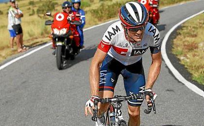 Mathias Frank, en solitario durante la etapa de hoy.