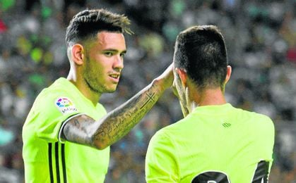 De los cuatro delanteros que hay, Tonny Sanabria y Rubén Castro son los dos únicos que han jugado.