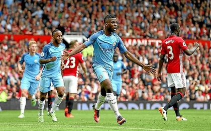 Iheanacho celebra el segundo gol del City en Old Trafford.