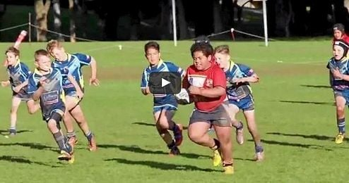 Meeaalofa Te�o es una aut�ntica bestia jugando al rugby.