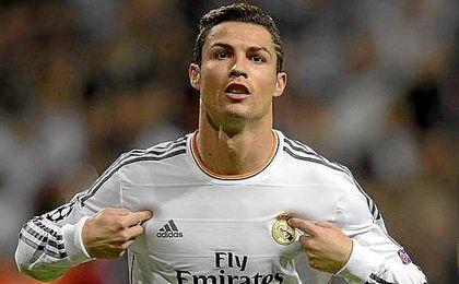 Por detr�s de Ronaldo est�n Taylor Switt, Katy Perry o Rihana.