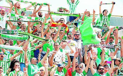 Los aficionados del Real Betis Balompié animarán a su equipo en el Sánchez-Pizjuán.