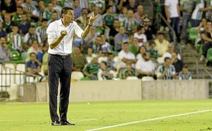 """""""Estoy contento por la afición y los jugadores, que se lo merecían ambos"""", dijo Poyet tras la victoria."""
