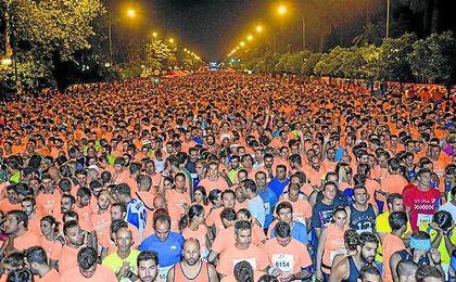 Una vez más, las calles de Sevilla se llenarán de 25.000 atletas, entre profesionales y amateurs, que disfrutarán del recorrido de 8,5 kilómetros.