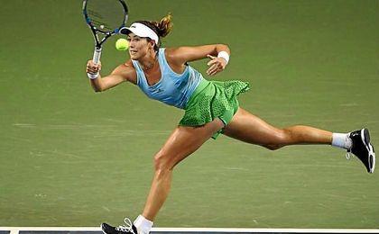 La jugadora hispano-venezolana accede a la segunda ronda del torneo asiático.