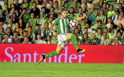 Rubén Castro sumó ante la Real Sociedad su partido 250 con la camiseta del Betis.