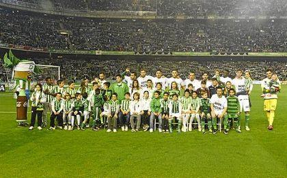 Imagen del Betis-Real Madrid de la temporada pasada, donde ya se llevó a cabo esta iniciativa.