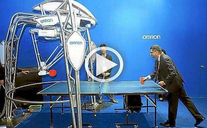 FORPHEUS, el primer robot instructor de tenis de mesa.