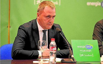 El presidente del Betis, Fernando Moral, tiró de prudencia a pesar de la buena imagen ofrecida en Madrid ante el Estudiantes.