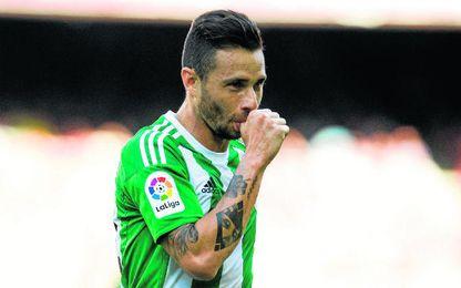 Rubén Castro celebra uno de los tantos que metió en el Camp Nou, en la primera jornada.