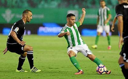 Durmisi, en un partido con el Real Betis.