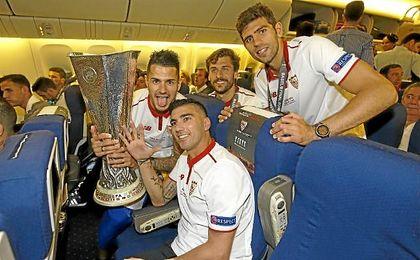 Fazio, junto a Reyes, Llorente y Vitolo con la quinta Europa League.
