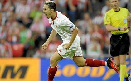 Samir Nasri celebra un gol.