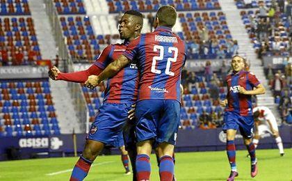 El Levante iguala la mejor puntuación en la jornada 11 de Segunda.