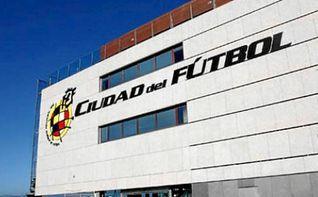 La FIFA sanciona a la RFEF por fichajes internacionales de menores