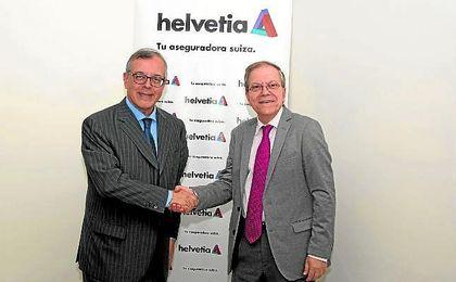 Francisco Javier García García y Alberto Máximo Pérez Calero firmaron el acuerdo.