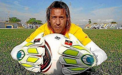 Carlos Fernandes es internacional con Angola.