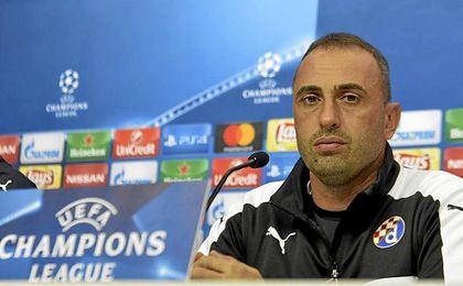 El técnico del Dinamo, en sala de prensa.