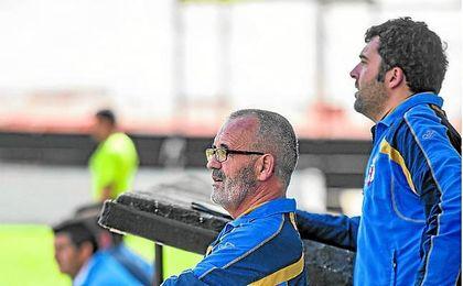 Eusebio Navarro, nuevo entrenador del UP Viso, en su última etapa en los banquillos en el Mairena.