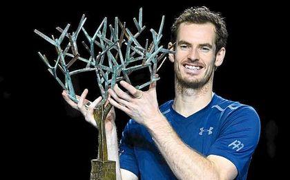 Murray confirmó los pronósticos ante Isner para llevarse el Masters 1.000 de París-Bercy.