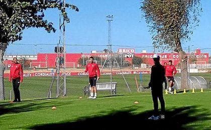 Imagen del entrenamiento del Sevilla de hoy.