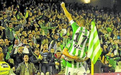 Bruno y Joaquín celebran el 1-0 ante la UD Las Palmas.