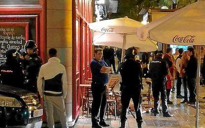 Imágenes de los incidentes de ayer entre los ultras del Sevilla y Juventus.