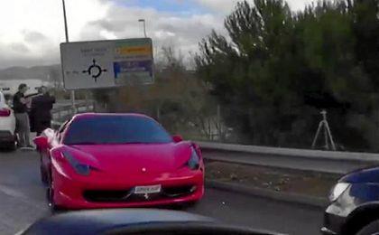 Así quedó el Ferrari de Neymar tras el accidente.