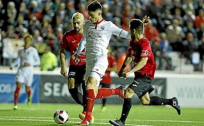 Correa, en un lance del partido entre el Formentera y el Sevilla.