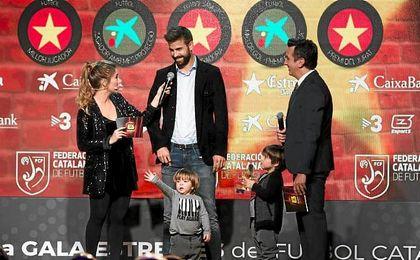 Piqué se deshace en elogios hacia su compañero Leo Messi
