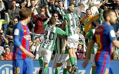 El Betis disfrutó ante el Barça.