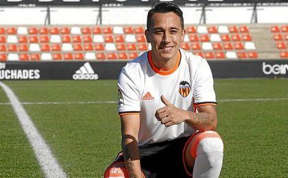 """Orellana: """"Lo único que quería era venir al Valencia"""""""