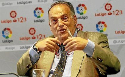 El presidente de LaLiga muestra su apoyo a Zozulya.